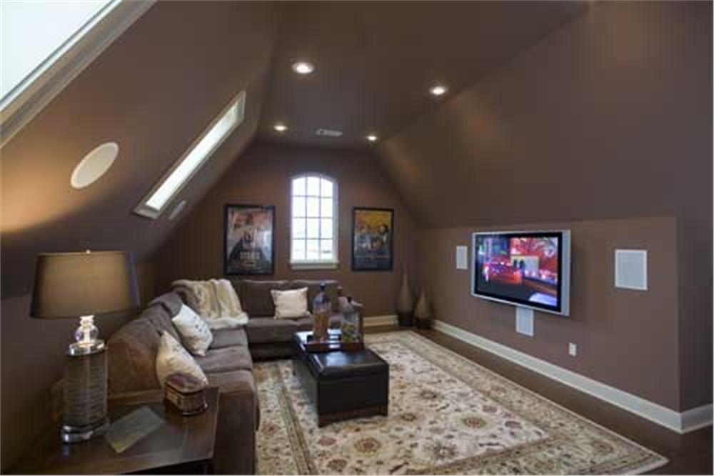 Кофейный потолок и стены