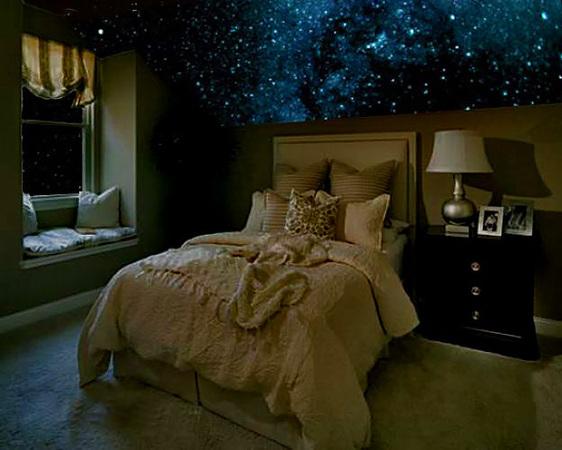 Звездный потолок в спальне